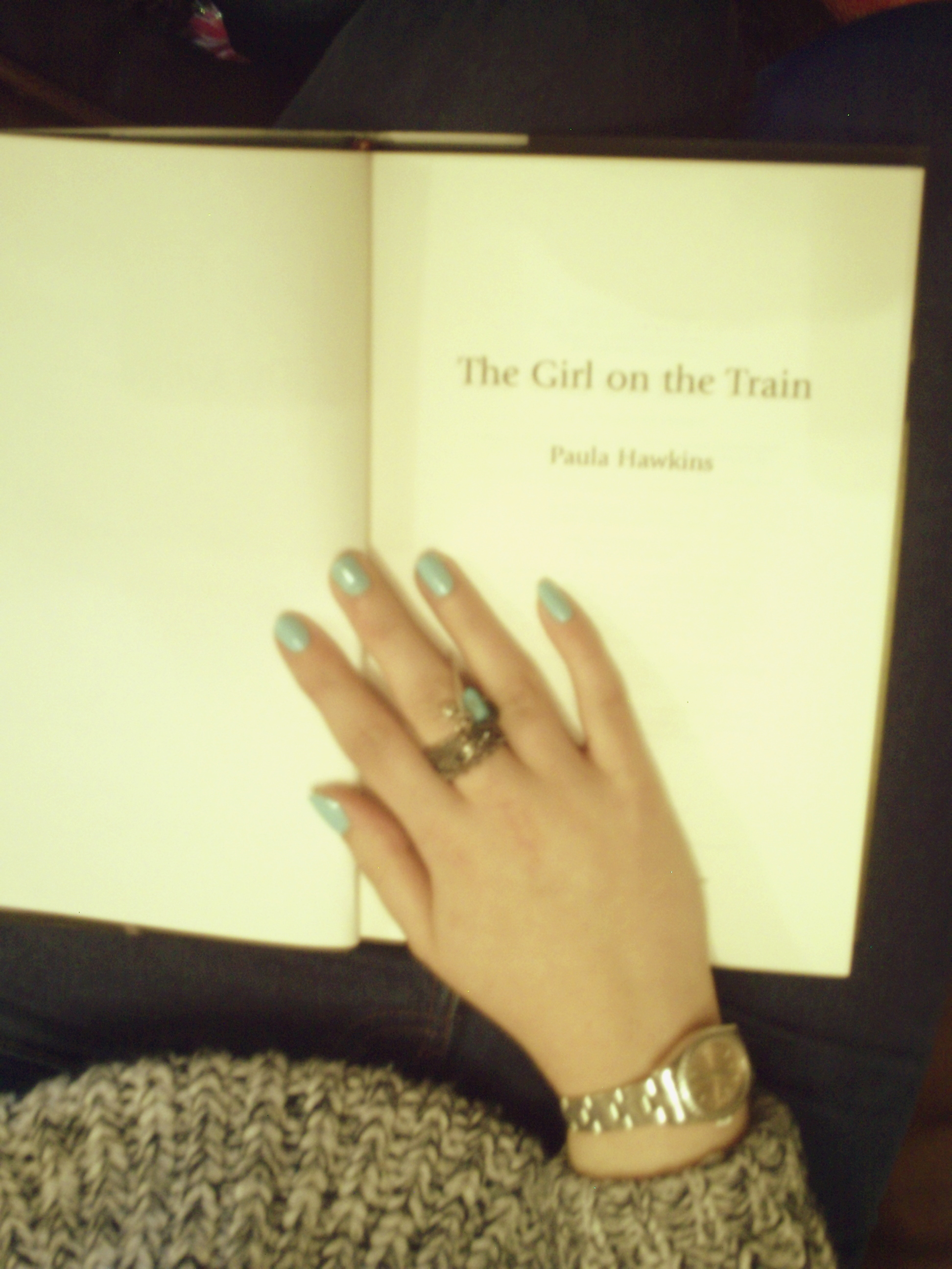 Paula Hawkins The Girl on the Train Book Review
